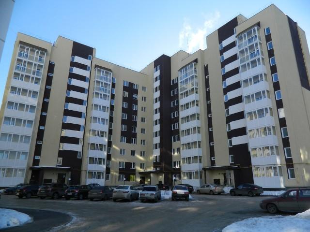 Собственник с ул. Игошина, д. 8а взыскал с ООО «Запад» более 218.000 руб. за просрочку сдачи дома и строительные недостатки
